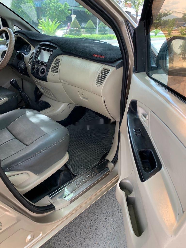 Cần bán lại xe Toyota Innova sản xuất 2007, giá 210tr (6)