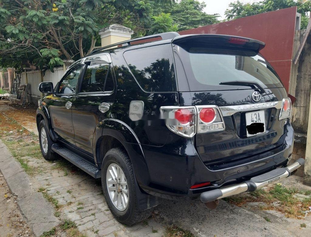 Cần bán lại xe Toyota Fortuner năm sản xuất 2014, màu đen, nhập khẩu nguyên chiếc   (1)