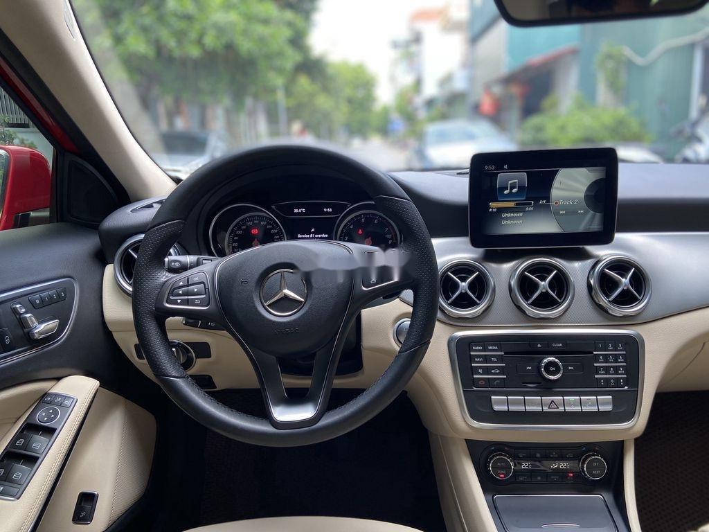 Bán Mercedes GLA 200  Facelift đời 2017, màu đỏ, xe nhập (8)