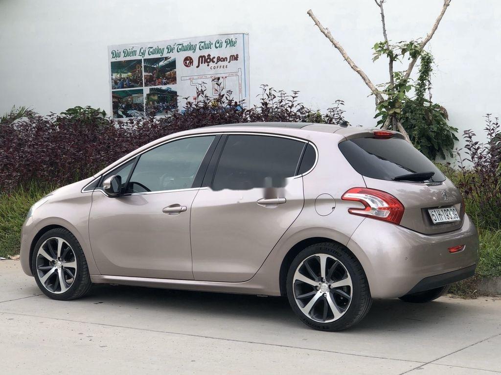 Bán Peugeot 208 2015, xe nhập, full đồ chơi (2)