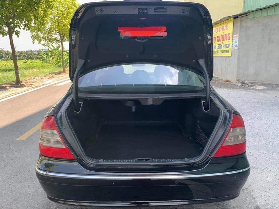 Gia đình bán Mercedes E200 đời 2007, màu đen  (4)