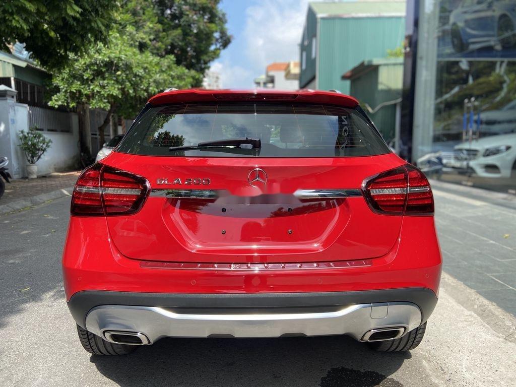 Bán Mercedes GLA 200  Facelift đời 2017, màu đỏ, xe nhập (6)