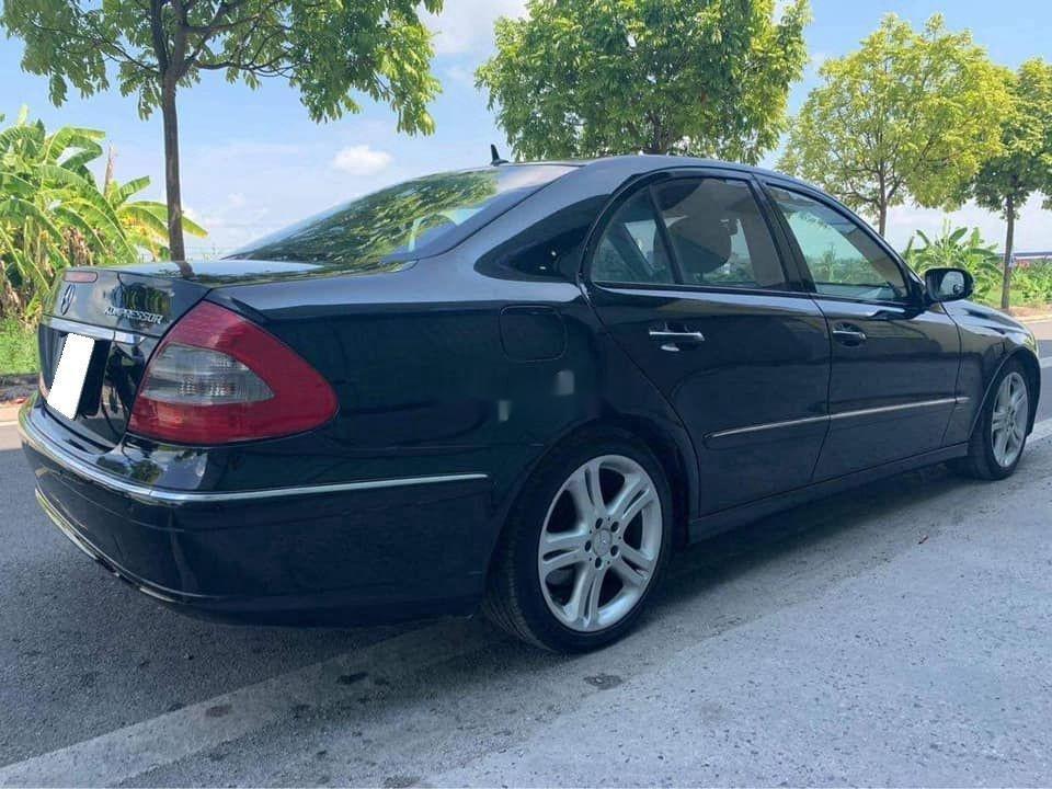 Gia đình bán Mercedes E200 đời 2007, màu đen  (3)