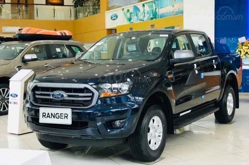 [ An Đô Ford ] Ford Ranger XLS 4x2 AT đủ màu, giao xe ngay cho khách hàng (1)