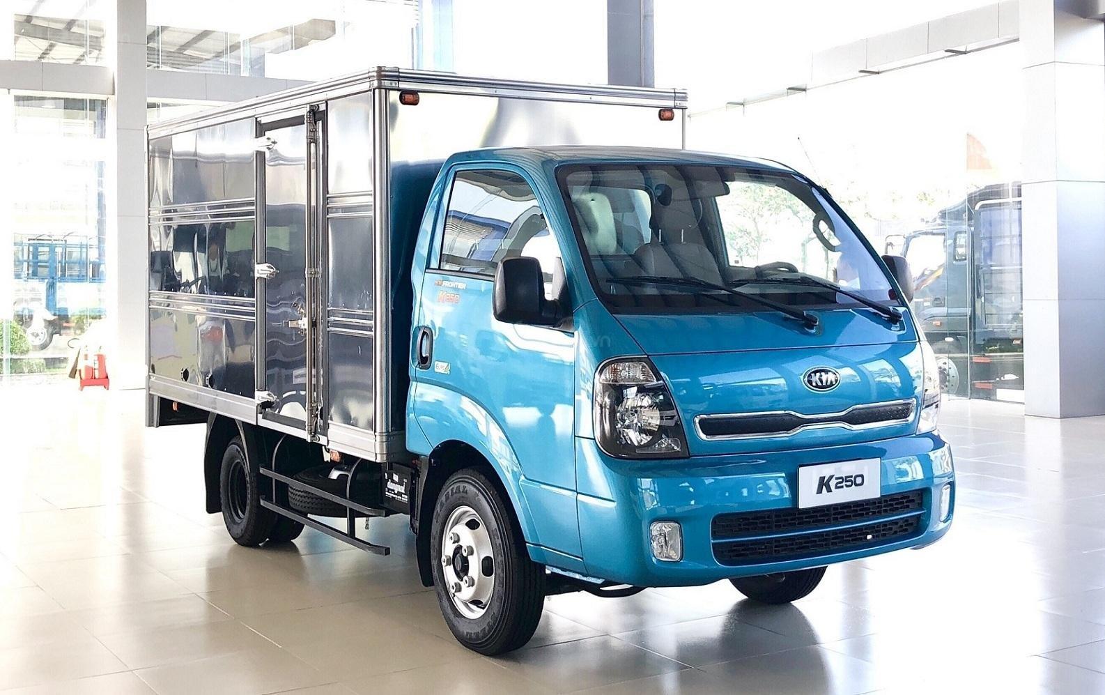 Xe tải Thaco Kia 2T4 tải trọng vào thành phố, động cơ Hyundai nhập khẩu 100% (6)