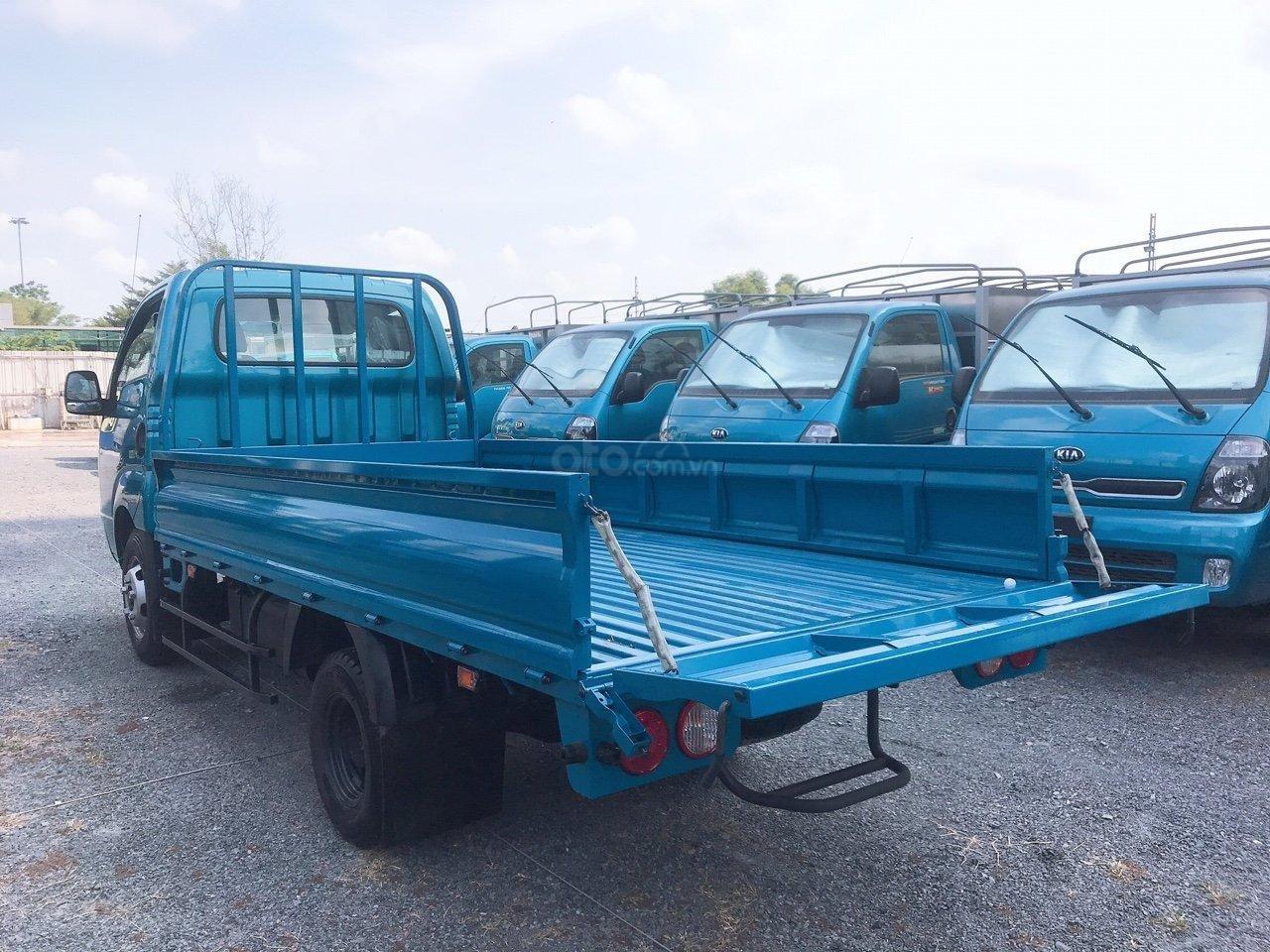 Xe tải Thaco Kia 2T4 tải trọng vào thành phố, động cơ Hyundai nhập khẩu 100% (7)