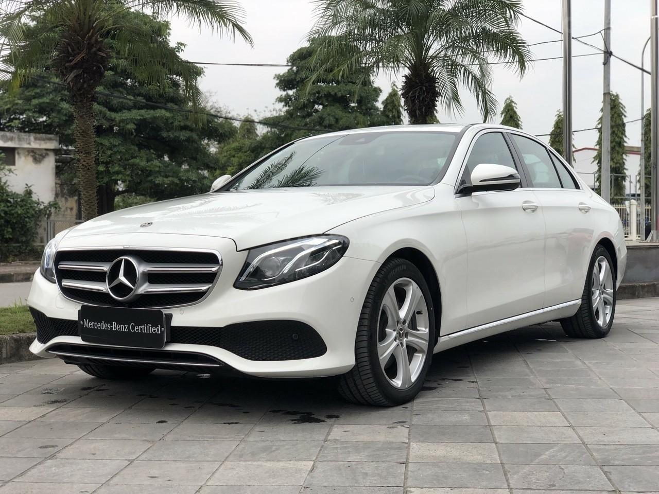 Giá tốt: Mercedes E250 bảo hành đến 2022 mới 99% (2)