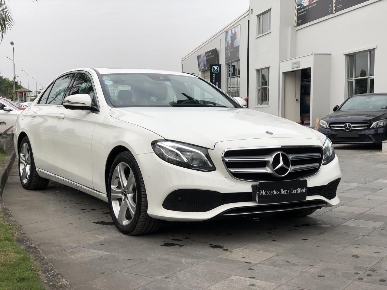 Giá tốt: Mercedes E250 bảo hành đến 2022 mới 99% (3)