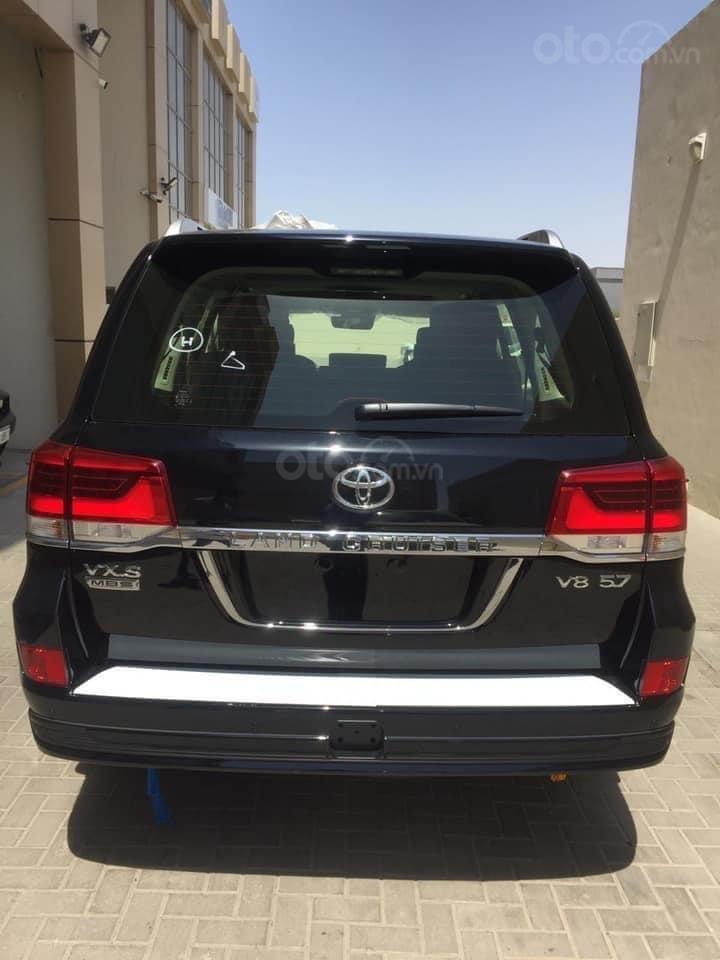 Bán Toyota Land Cruiser VX S 5.7 MBS model 2021, nhập Trung Đông, phiên bản 4 chỗ cao cấp nhất (5)
