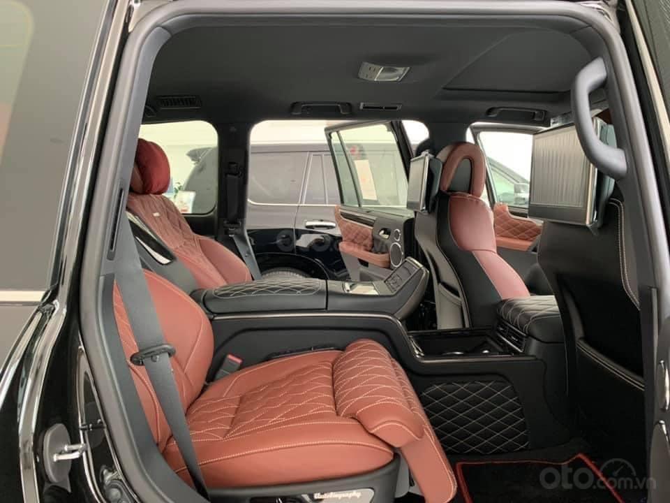 Bán Toyota Land Cruiser VX S 5.7 MBS model 2021, nhập Trung Đông, phiên bản 4 chỗ cao cấp nhất (6)