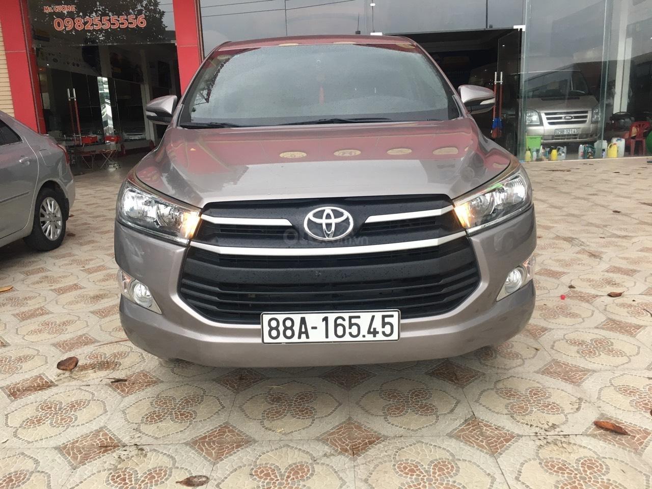 Bán Toyota Innova năm sản xuất 2017, giá 550tr (1)