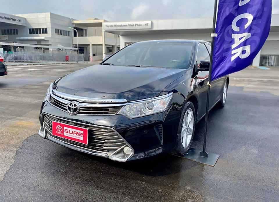 Bán xe Toyota Camry 2.5Q đời 2016, màu đen còn mới (3)