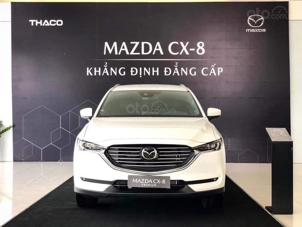 Mazda CX8 - ưu đãi 200 triệu - đủ màu - tặng phụ kiện mở rộng 35tr - chỉ 317tr nhận xe (1)