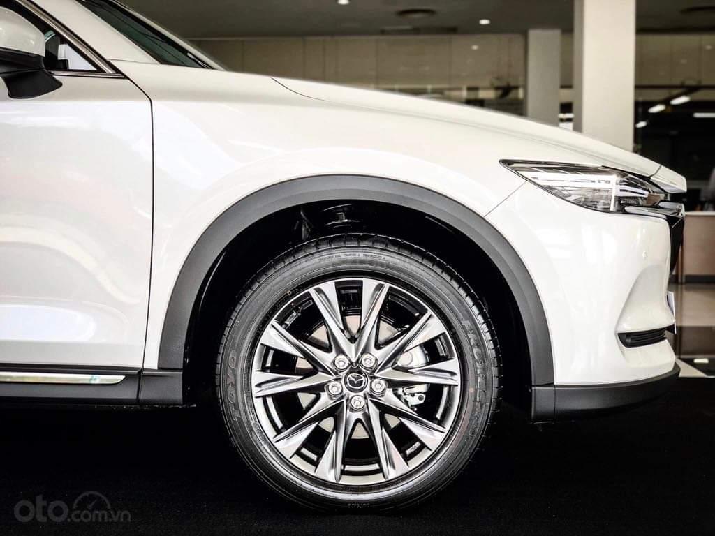 Mazda CX8 - ưu đãi 200 triệu - đủ màu - tặng phụ kiện mở rộng 35tr - chỉ 317tr nhận xe (7)