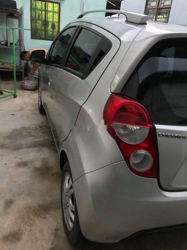 Bán xe Chevrolet Spark sản xuất năm 2014, màu bạc, xe nhập (3)