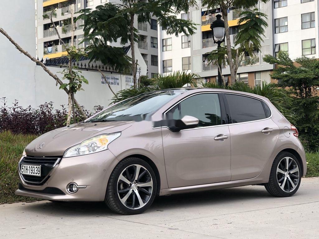 Bán Peugeot 208 2015, xe nhập, full đồ chơi (1)