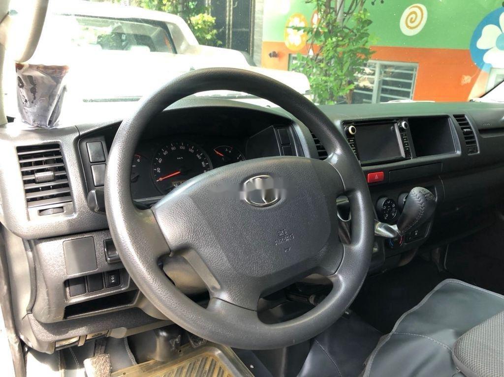 Chính chủ bán Toyota Hiace sản xuất 2014, màu bạc, máy dầu (7)