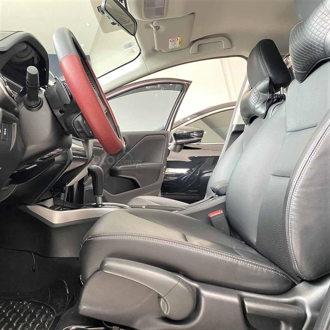 Hàng ghế trước của Honda City TOP 2018 chỉnh cơ 1