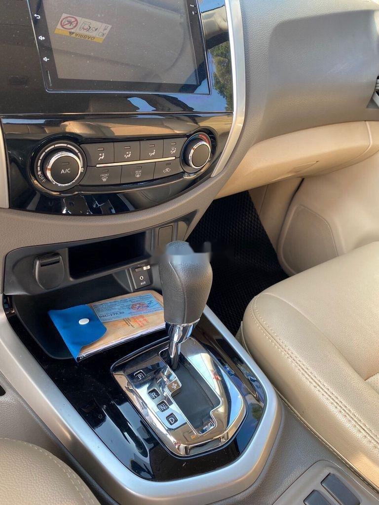 Bán Nissan Navara năm 2018, màu nâu số tự động, máy dầu 1 cầu (8)