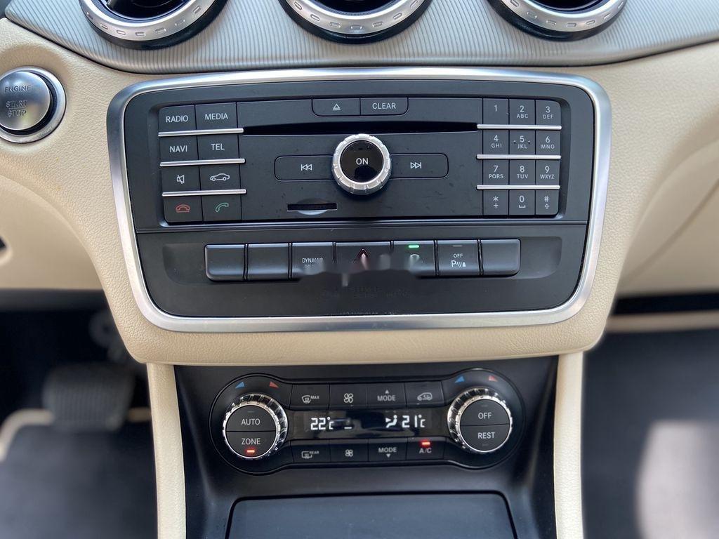 Bán xe Mercedes GLA200 đời 2015, màu trắng, nhập khẩu (11)