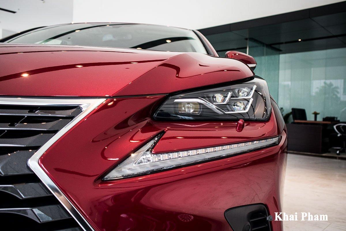 Thiết kế đầu xe Lexus NX 1.