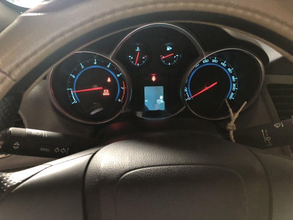 Bán Chevrolet Cruze sản xuất 2013, màu trắng, 280 triệu (4)