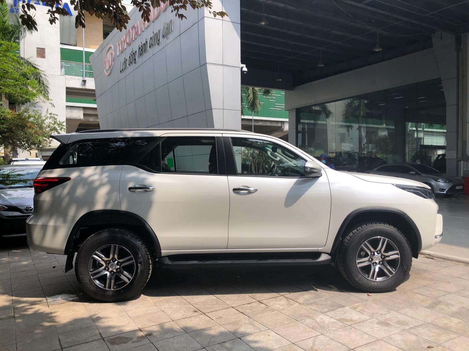 Toyota Fortuner 2020 ra mắt thị trường Việt với nhiều nâng cấp mới a2