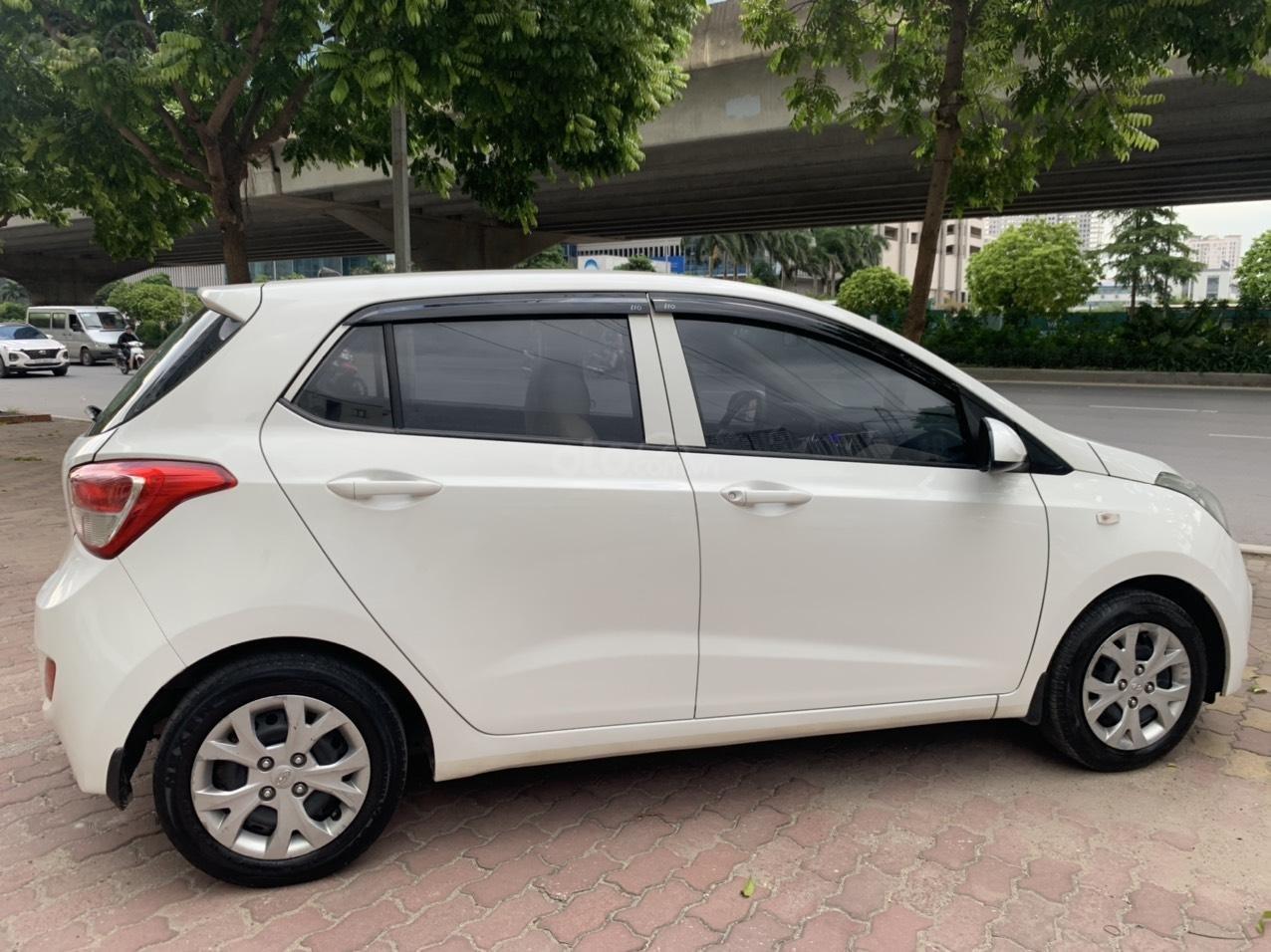 Cần bán xe Hyundai Grand i10 MT 1.0, sản xuất năm 2016 (3)