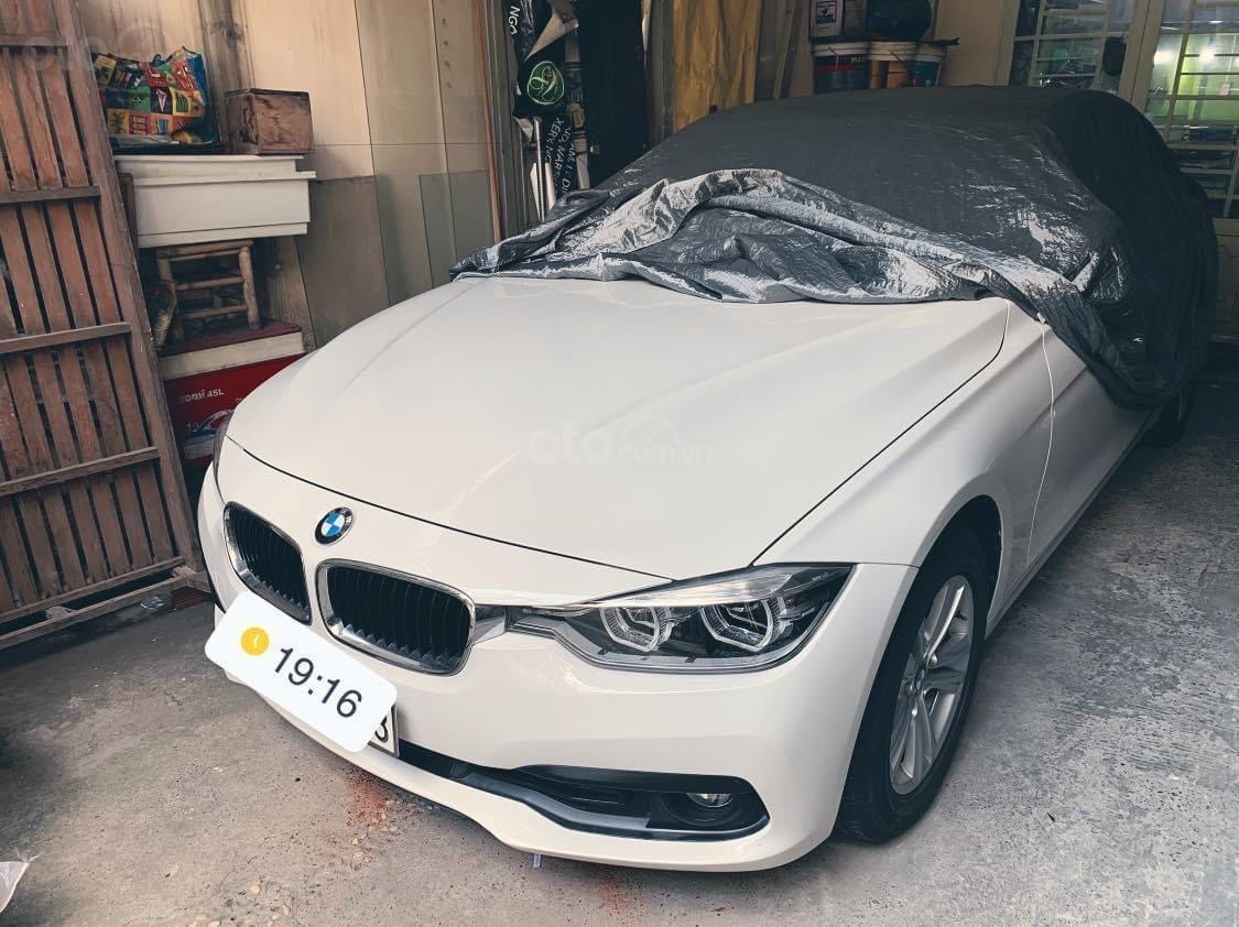 Bán BMW 3 Series 320 LCI đời 2016, màu trắng, xe nhập chính chủ (1)