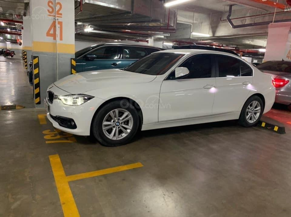 Bán BMW 3 Series 320 LCI đời 2016, màu trắng, xe nhập chính chủ (5)