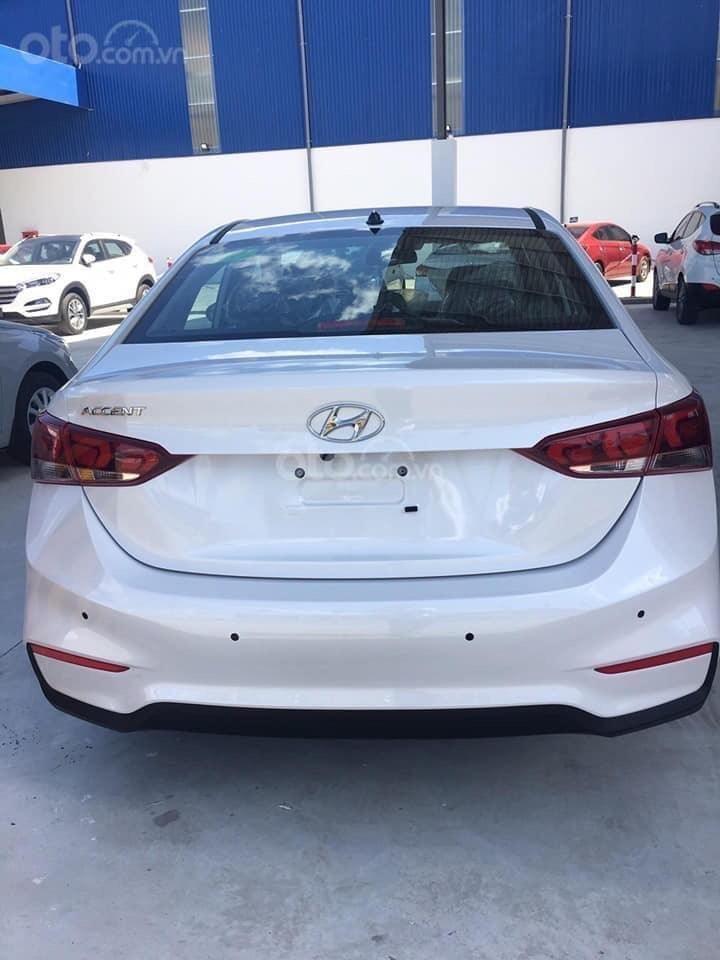 Hyundai Ngọc An bán Hyundai Accent giá tốt, góp 90%, đủ màu xe giao ngay, tặng tiền mặt, giá tốt nhất miền Nam (3)