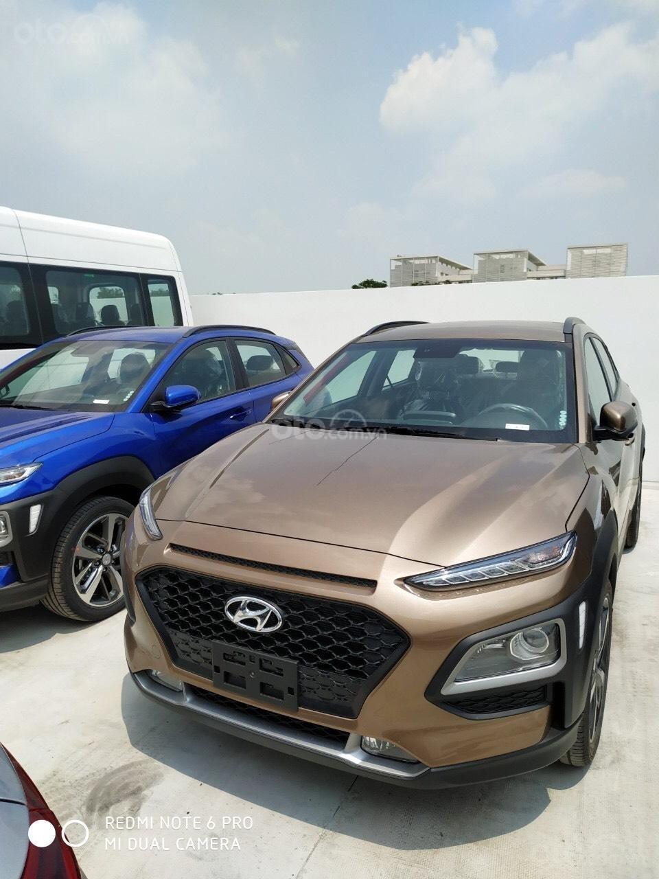 Hyundai Ngọc An bán Hyundai Santa Fe giá tốt, góp 90%, xe đủ màu giao ngay, tặng tiền mặt phụ kiện giá tốt nhất miền Nam (3)