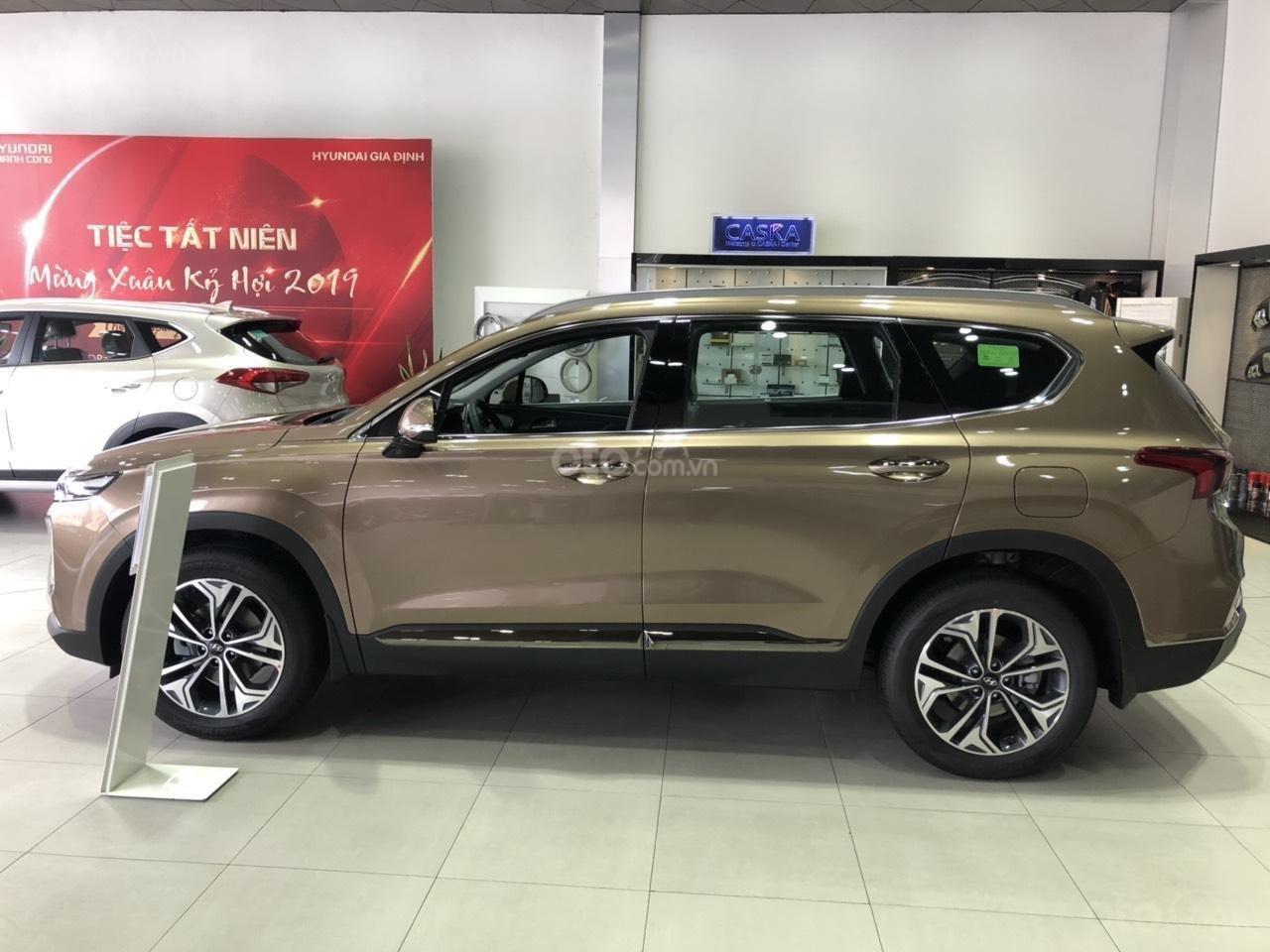 Hyundai Ngọc An bán Hyundai Santa Fe giá tốt, góp 90%, xe đủ màu giao ngay, tặng tiền mặt phụ kiện giá tốt nhất miền Nam (10)