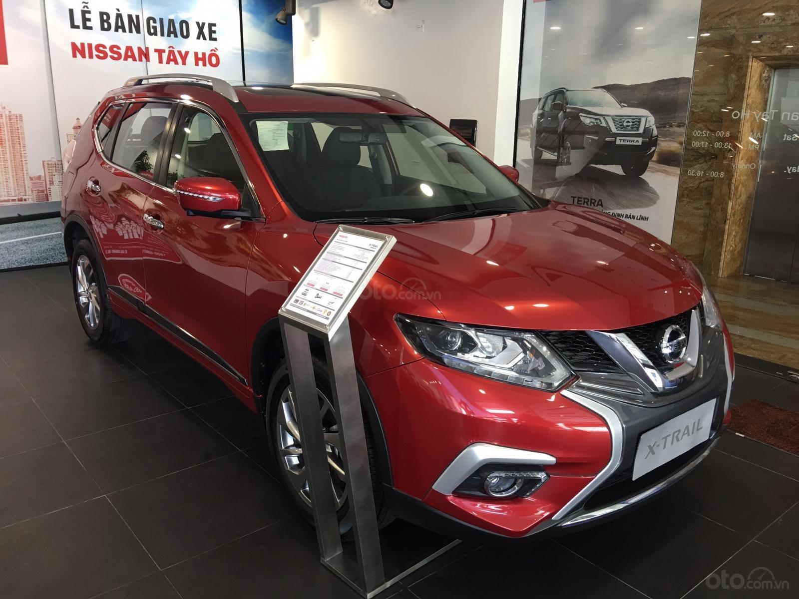 Giá hot miền Bắc: Nissan Xtrail 2.5 SV Luxury - giá 900 triệu nhiều ưu đãi lớn, hỗ trợ trả góp 80%, trải nghiệm lái thử (1)