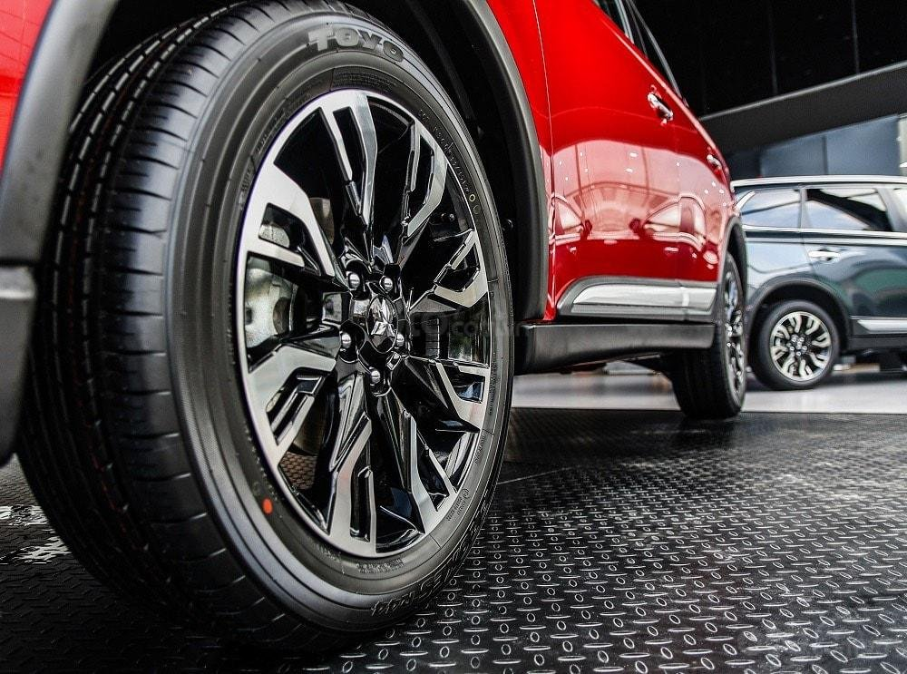 Mitsubishi Outlander 2020 - hỗ trợ vay 80% - đủ màu giao ngay (4)