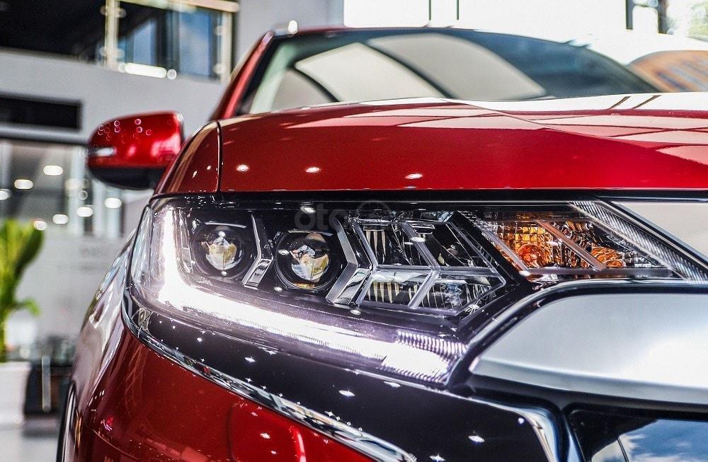 Mitsubishi Outlander 2020 - hỗ trợ vay 80% - đủ màu giao ngay (3)
