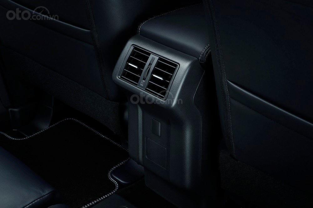 Mitsubishi Outlander 2020 - hỗ trợ vay 80% - đủ màu giao ngay (7)