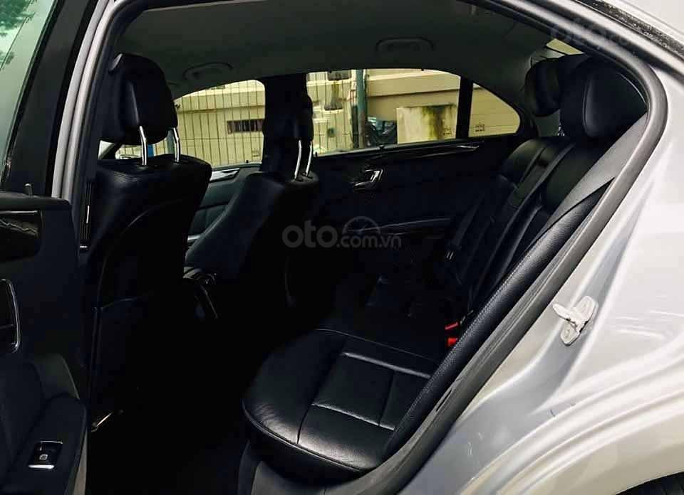Bán Mercedes E250 năm sản xuất 2010, màu xám chính chủ, 599tr (3)
