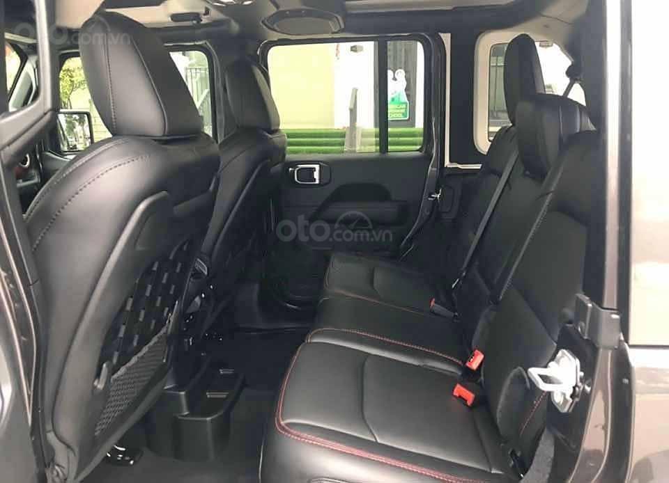 Cần bán Jeep Wrangler sản xuất năm 2020, màu đen, nhập khẩu nguyên chiếc (2)