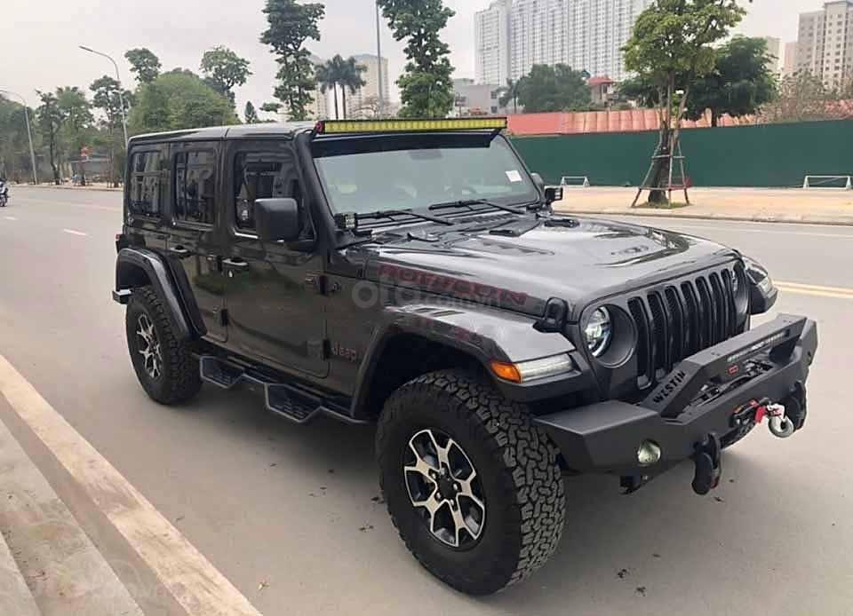 Cần bán Jeep Wrangler sản xuất năm 2020, màu đen, nhập khẩu nguyên chiếc (1)