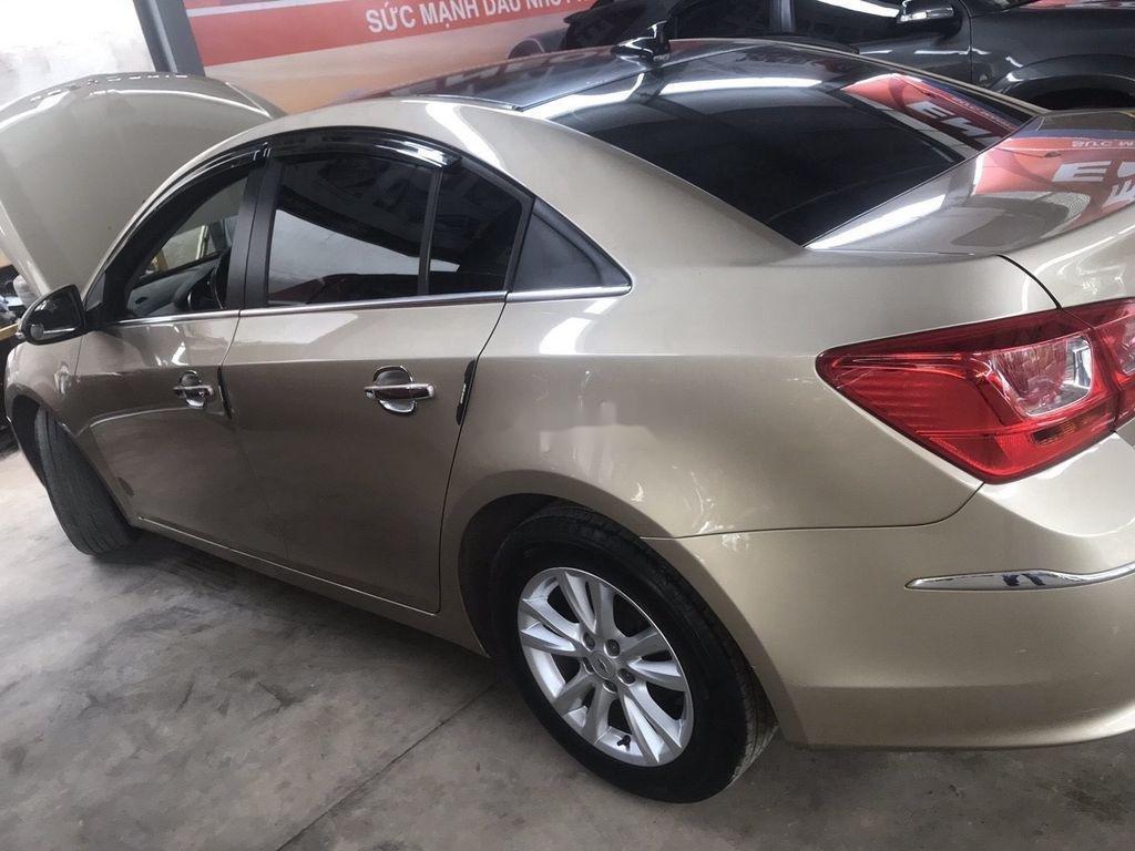 Bán Chevrolet Cruze năm sản xuất 2017, nhập khẩu nguyên chiếc còn mới, giá 370tr (9)