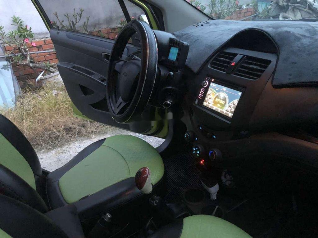 Cần bán xe Chevrolet Spark năm 2012 còn mới (4)