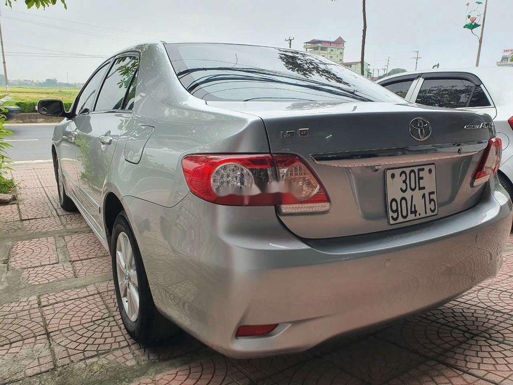 Bán xe Toyota Corolla Altis sản xuất 2010, giá thấp, xe còn mới (3)