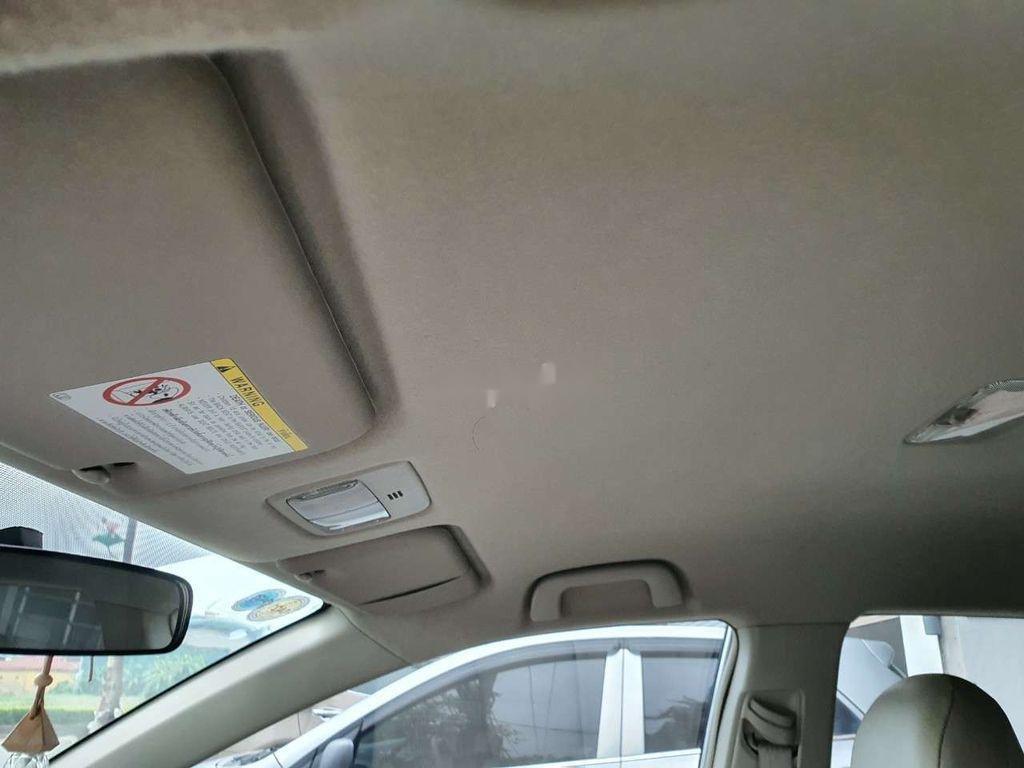 Bán xe Toyota Corolla Altis sản xuất 2010, giá thấp, xe còn mới (8)