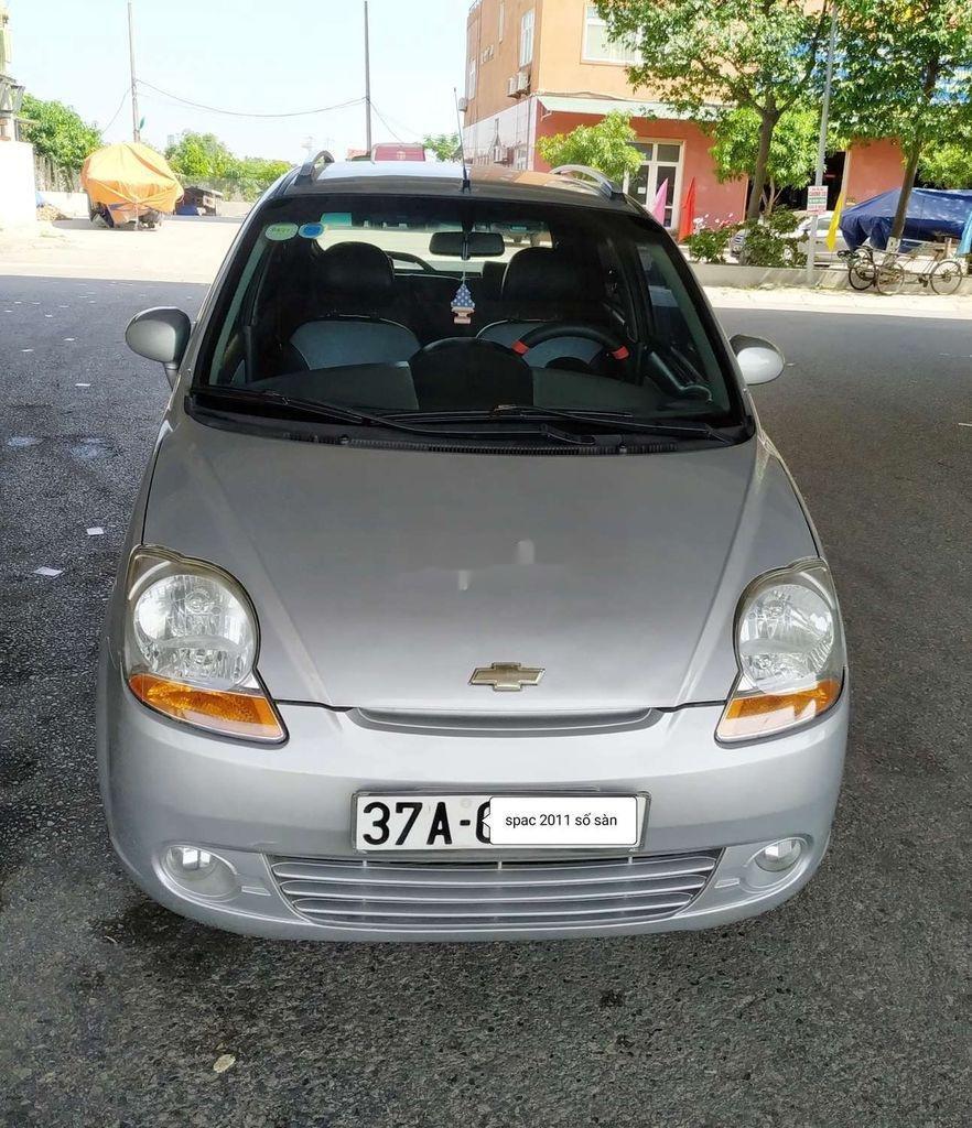 Bán Chevrolet Spark năm 2011, màu bạc, số sàn, giá chỉ 118 triệu (1)