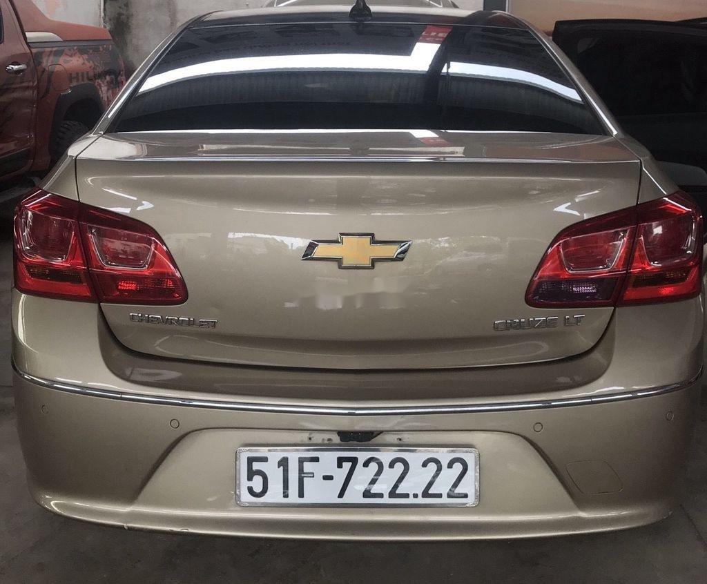 Bán Chevrolet Cruze năm sản xuất 2017, nhập khẩu nguyên chiếc còn mới, giá 370tr (8)