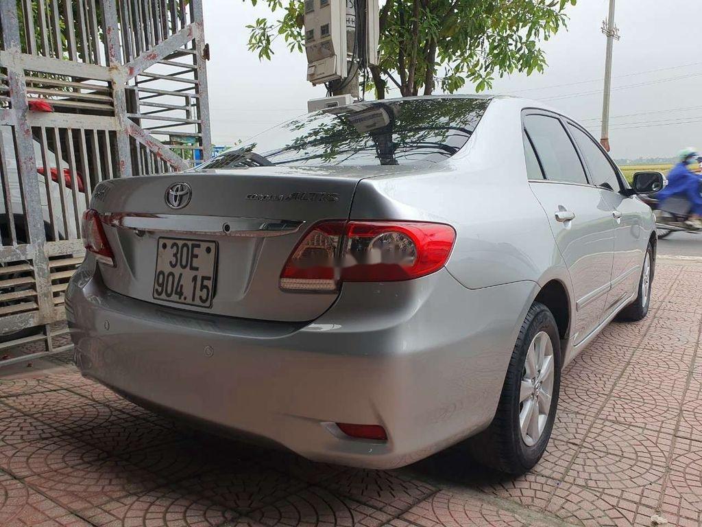 Bán xe Toyota Corolla Altis sản xuất 2010, giá thấp, xe còn mới (2)