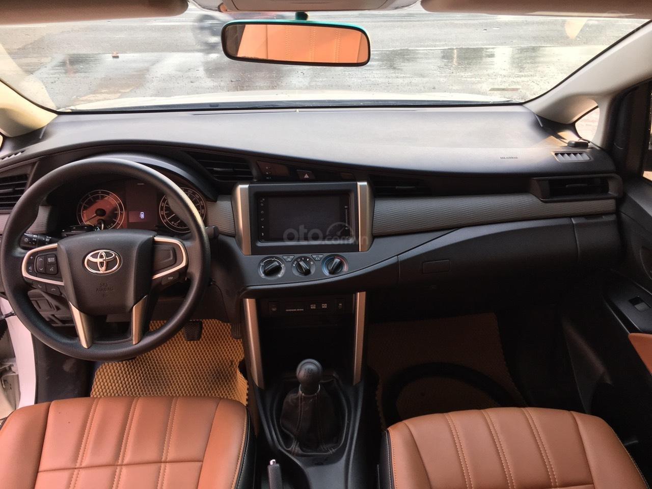 Bán ô tô Toyota Innova năm 2018 (10)