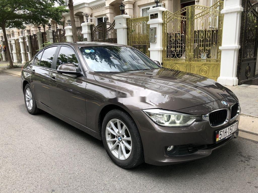 Bán BMW 320i sản xuất 2012 (9)