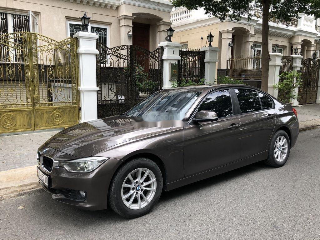 Bán BMW 320i sản xuất 2012 (1)